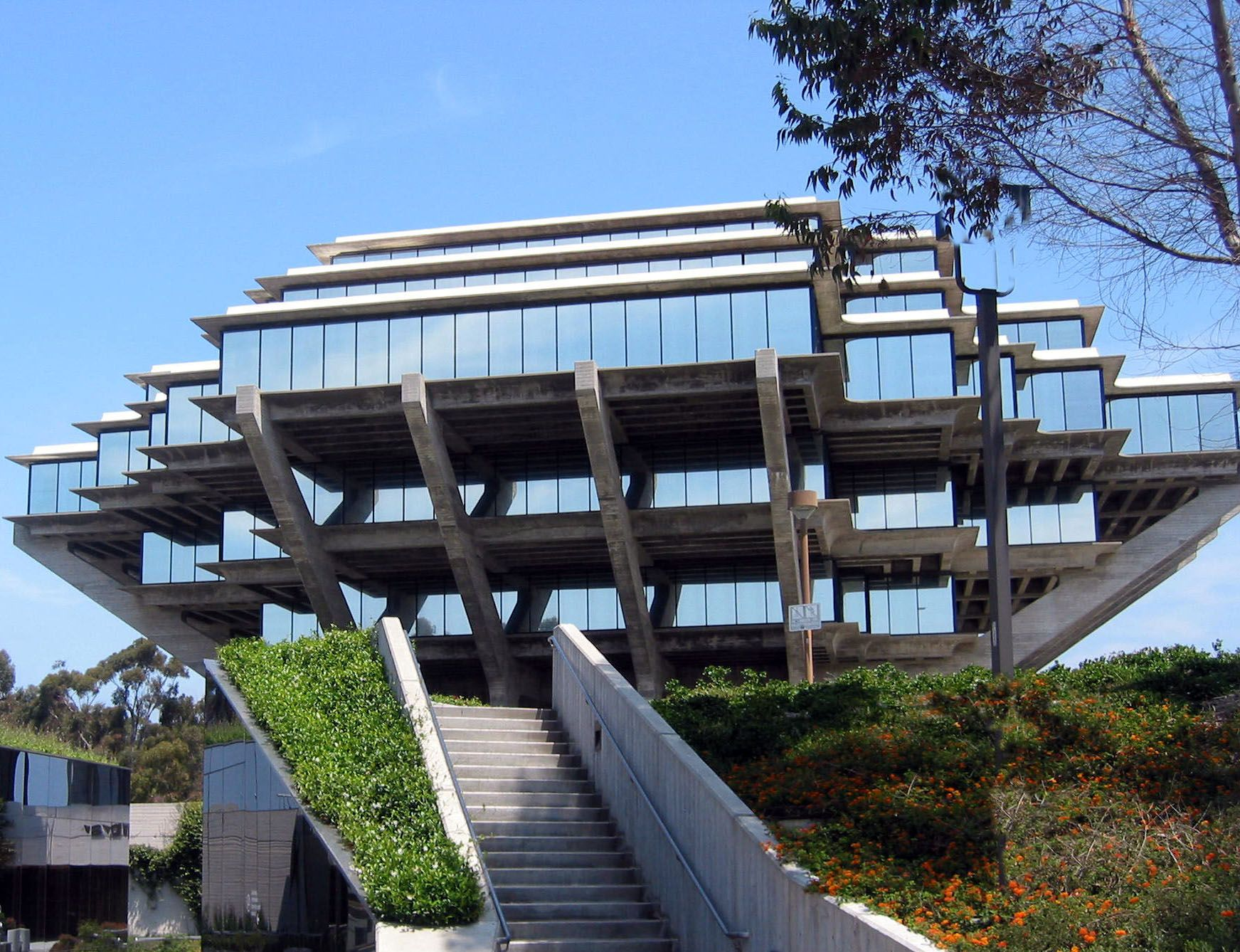 Uc San Diego S Geisel Library Named Among Most Modern Libraries