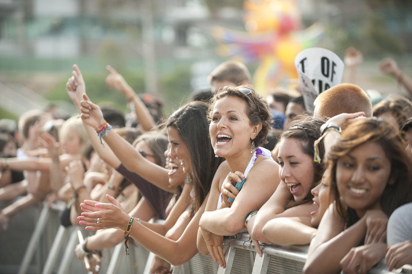 Festival attendees wait in excitement for Mike Posner to take the stage.