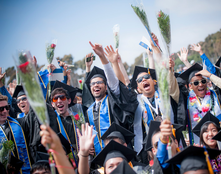 Revelle College's graduation featured 735 graduating students and some 8,000 guests.