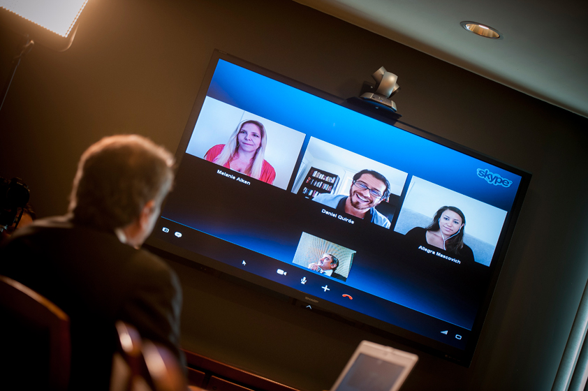 Participants of the video conference included Melanie Aiken, Daniel Quirós, and Allegra Mascovich.