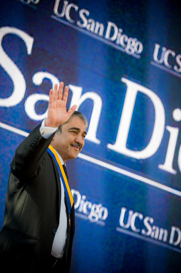 Pradeep K. Khosla waves to the crowd after being officially named UC San Diego's eighth chancellor.