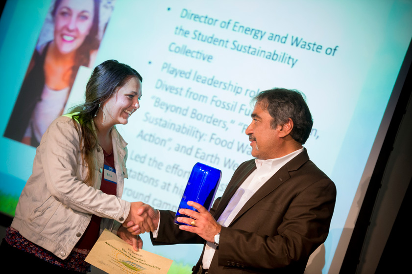Chancellor Khosla hands out the 2013 Sustainability Awards.