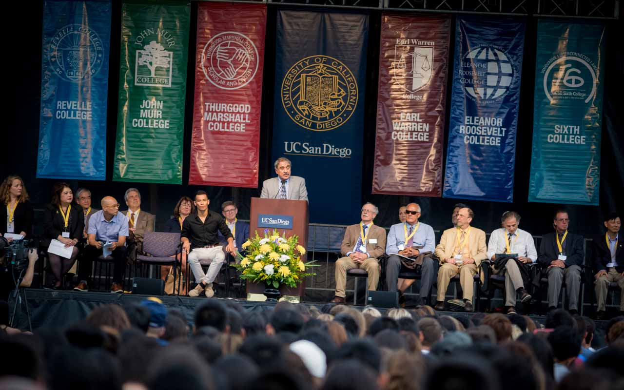 Students Encouraged to Seek Education Outside the Classroom, Fight for Social Justice