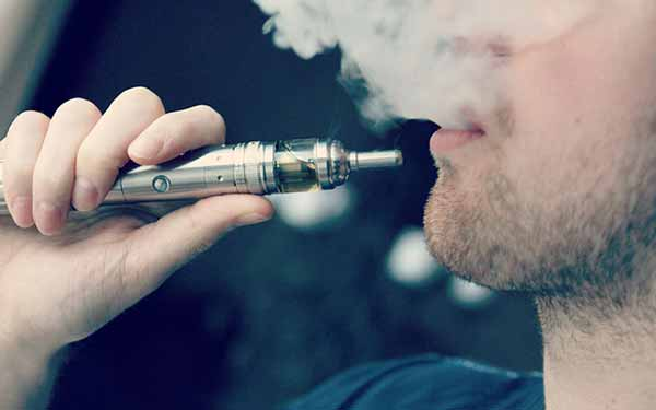 Image: Vapors from e-cigarettes promote bacterial growth and inflammation, inhibit body's ability to fight infection.