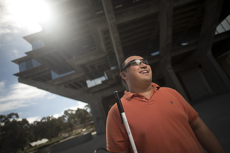 Jimmy Cong, a vision impaired UC San Diego student