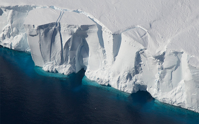 New Study Reveals Strong El Niño Events Cause Large Changes in Antarctic Ice Shelves