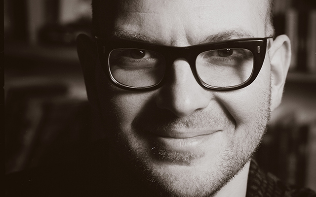 headshot of author cory doctorow