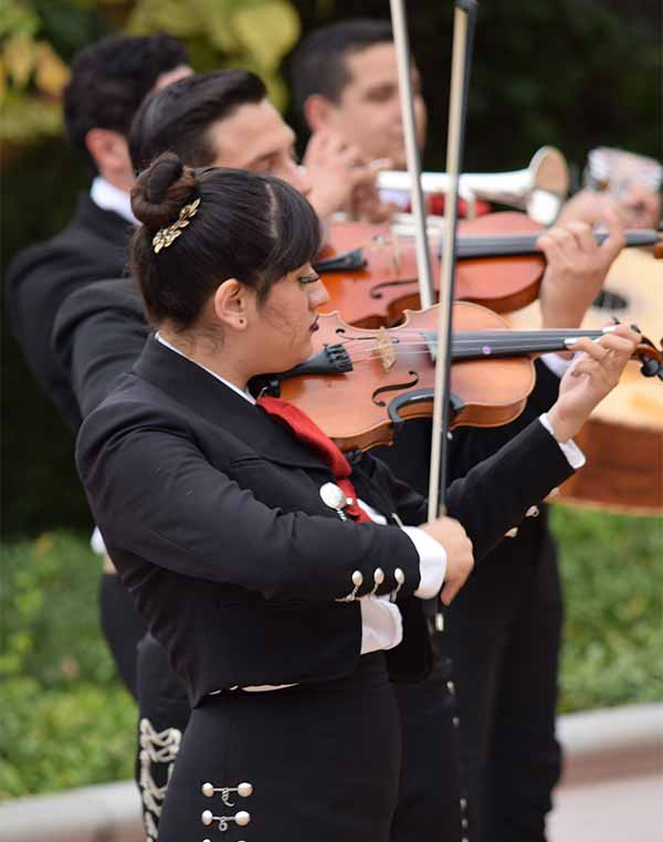 Image: Live mariachi music will close this year's Mexico Moving Forward.
