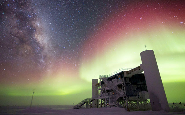 NSF's IceCube Observatory Finds First Evidence of Cosmic ...Icecube Neutrino