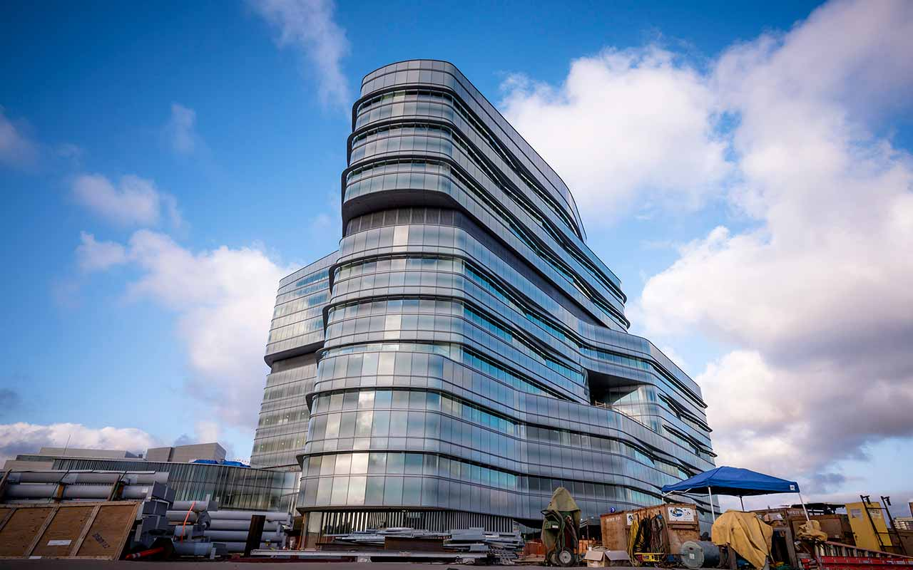UC San Diego Health System Names Jacobs Medical Center Pavilion in Honor of Evelyn and Ernest Rady