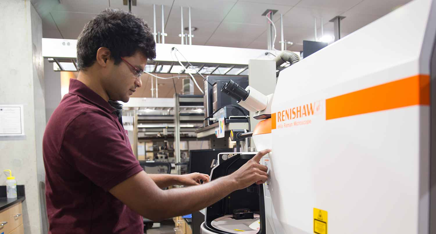 Image: Rajaram Narayanan, a nanoengineering graduate student at UC San Diego Jacobs School of Engineering