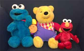 """/></p> <p></p> <p>The game asked children to identify character toys they couldn't see by their sounds. Sounds and toys were pretty easy to pair: a """"Tickle me"""" audio clip for Elmo; """"I love cookies"""" for Cookie Monster; and """"There is a rumbly in my tummy"""" for Winnie the Pooh. One sound was a deliberately tricky exception: Beethoven's """"Fur Elise,"""" which is not associated with any commercially available character toy.</p> <p></p> <p>When the classical music cue was played, the experimenter was called out of the room to, supposedly, take a phone call – leaving the children alone in the room for 90 seconds and tempting them to take a peek at the mysterious toy making that sound. The children were explicitly asked not to peek. On returning, the experimenter also explicitly asked the children to tell the truth. Cameras rolled the whole time.</p> <p></p> <p>And? The 5-, 6- and 7-year-olds who had been lied to were both more likely to cheat and then more likely to lie about having done so, too.</p> <p></p> <p>About 60 percent of the school-aged children who had not been lied to by the experimenter peeked at the tricky temptation toy – and about 60 percent of the peekers lied about it later. Among those that had been lied to, those figures rose to nearly 80 percent peeking and nearly 90 percent of the peekers lying.</p> <p></p> <p>""""Why?"""" remains an open research question, Carver and Hays note in their paper. It could be the 5- to 7-year-old children were simply imitating the behavior modeled by the adult, or it could be they were making judgments about the importance of honesty to this adult. Or, it could be more nuanced: """"Perhaps,"""" they write, """"the children did not feel the need to uphold their commitment to tell the truth to someone who they perceived as a liar.""""</p> <p></p> <p><img src="""