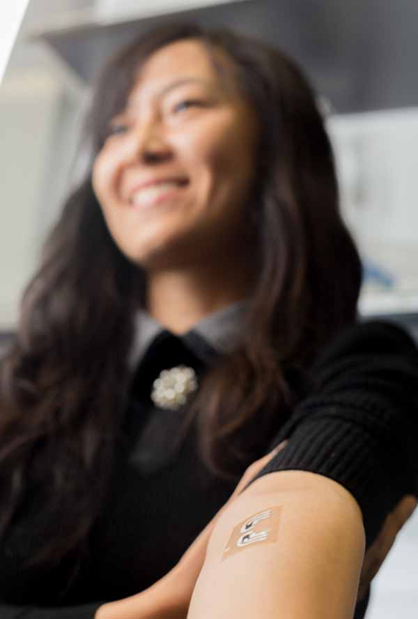 Photo: UCSD have tested a temporary tattoo that both extracts and measures the level of glucose in the fluid in between skin cells.