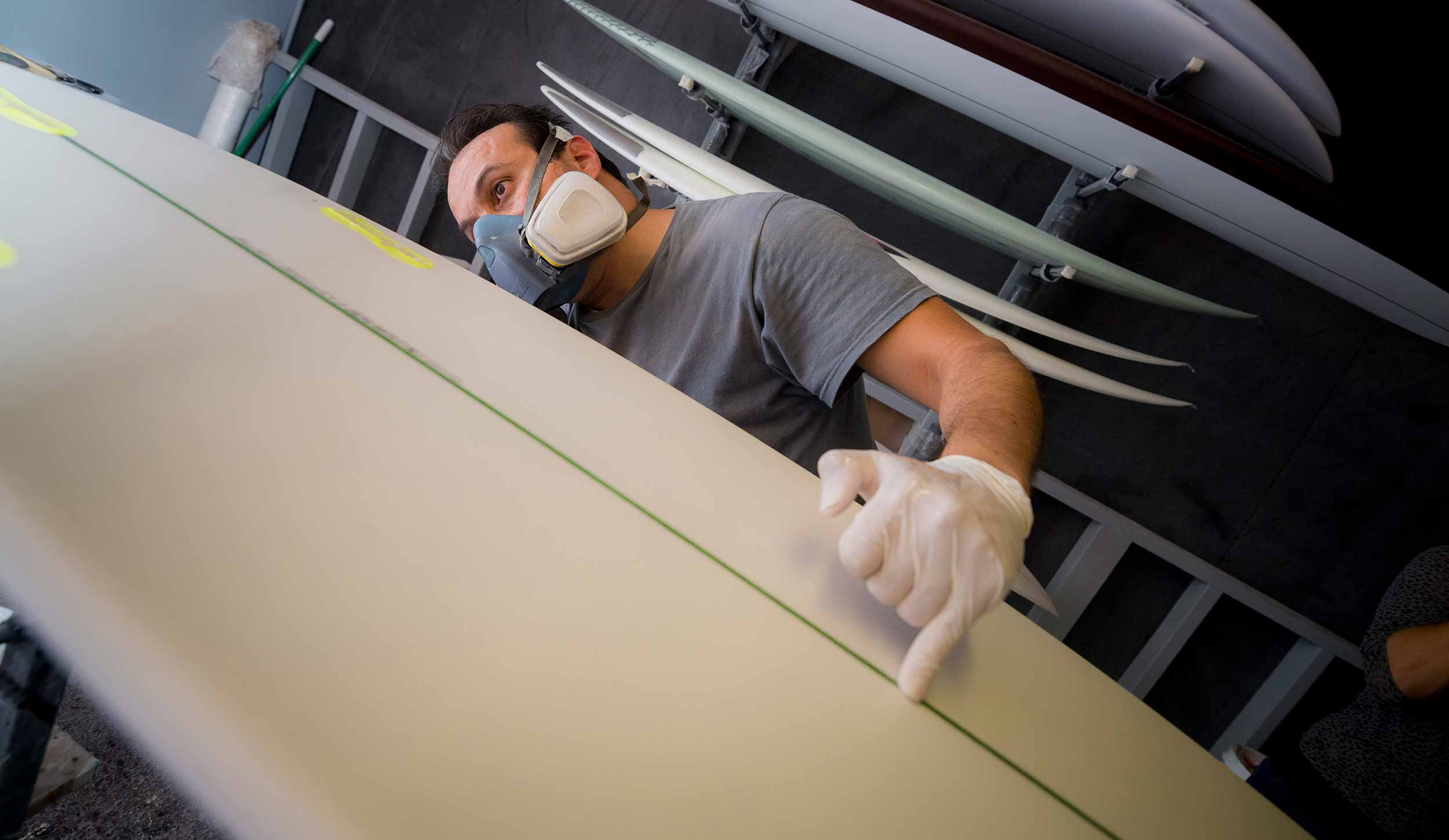 Photo: World's first algae-based, sustainable surfboard