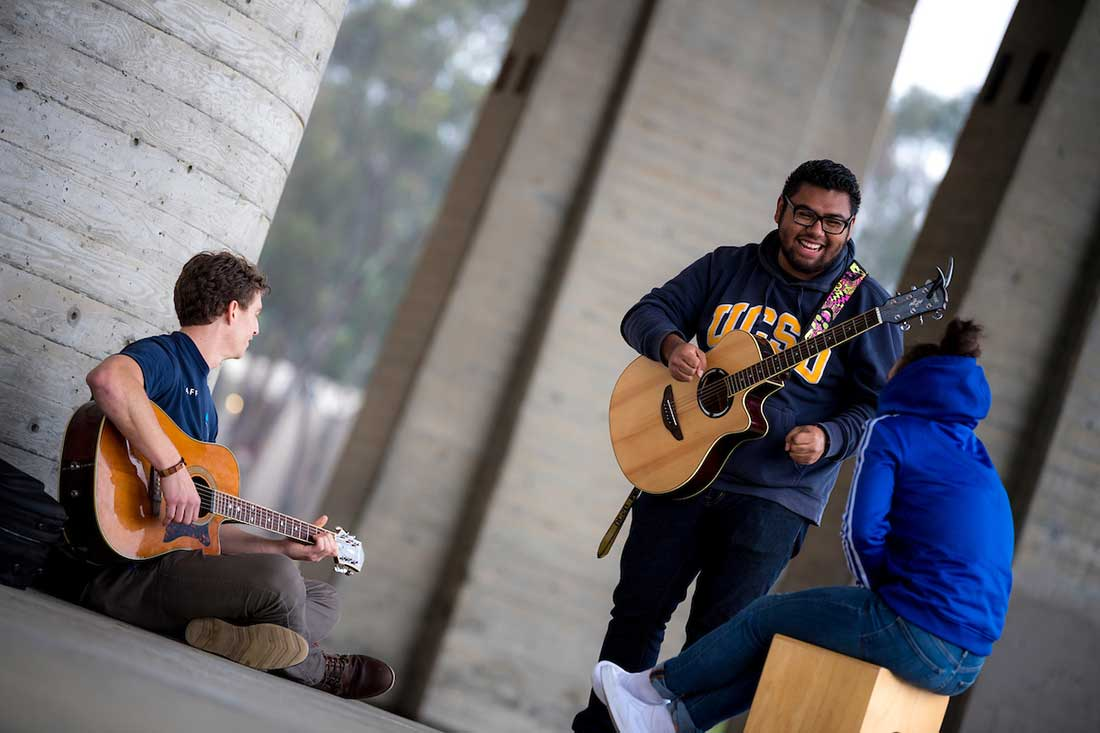 students on campus to play their musical instruments.