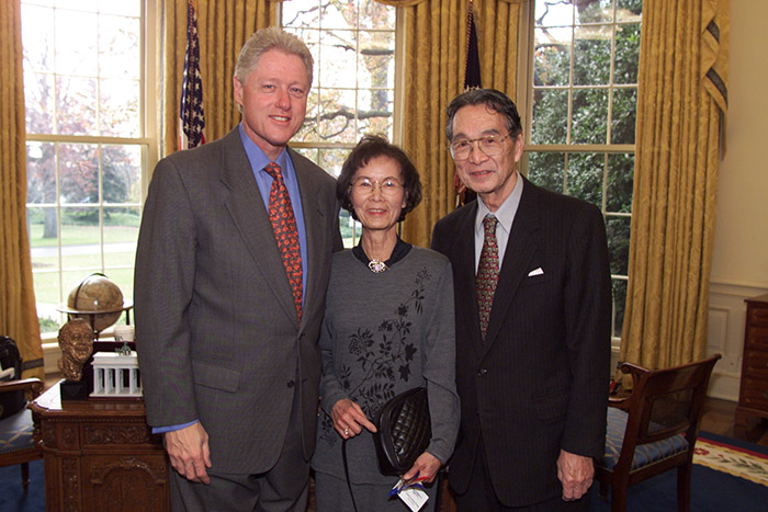 President Clinton, Bert Fung and wife