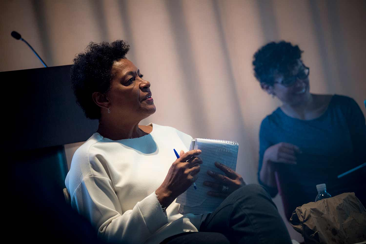 Carrie Mae Weems talking to students