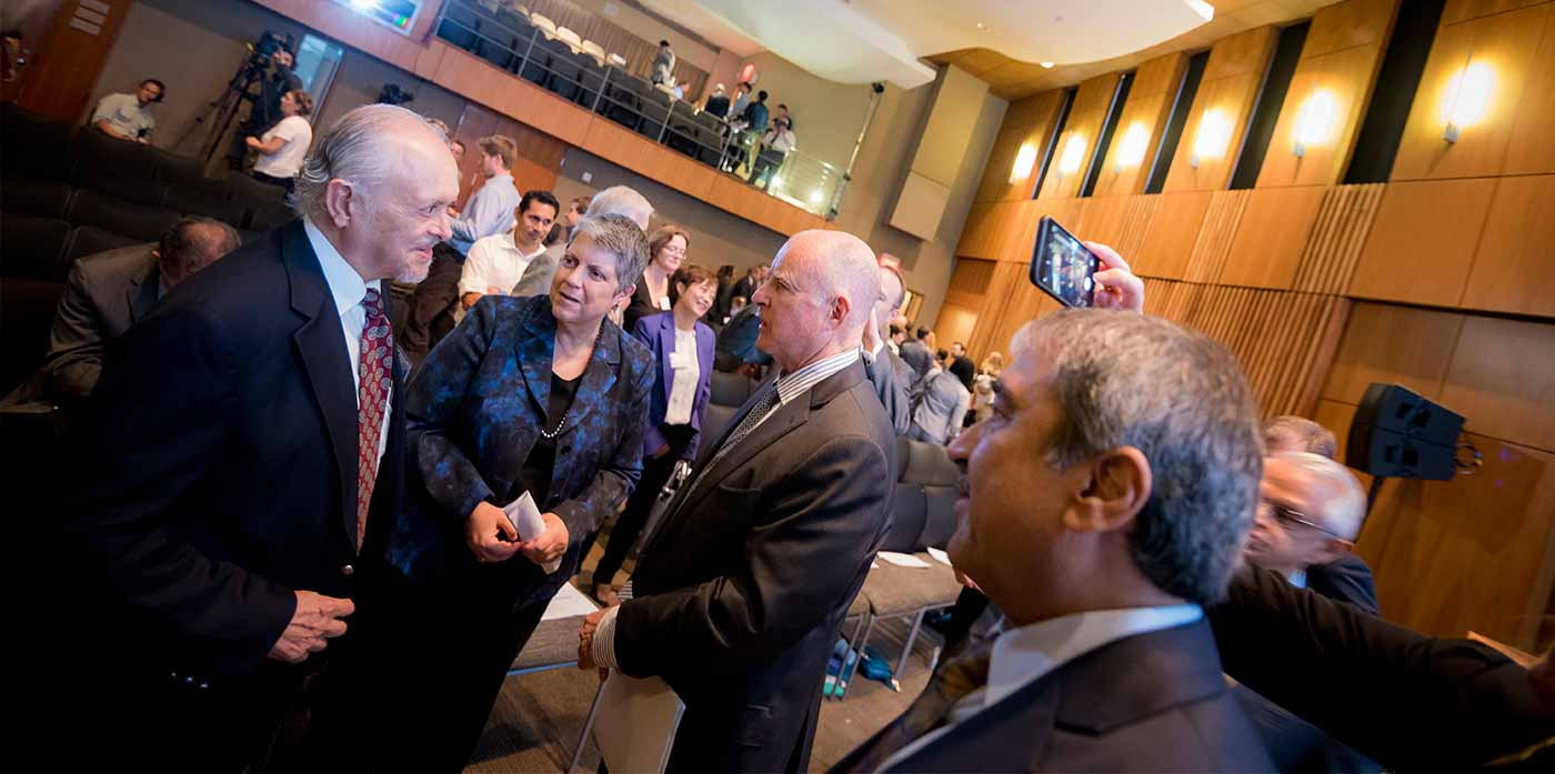 Image: Nobel Laureate and Distinguished Professor Mario Molina, UC President Janet Napolitano, California Governor Jerry Brown and Chancellor Khosla