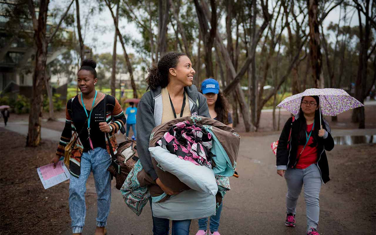 Overnight Programs Offer Glimpse of College Life for Diverse Admitted Students