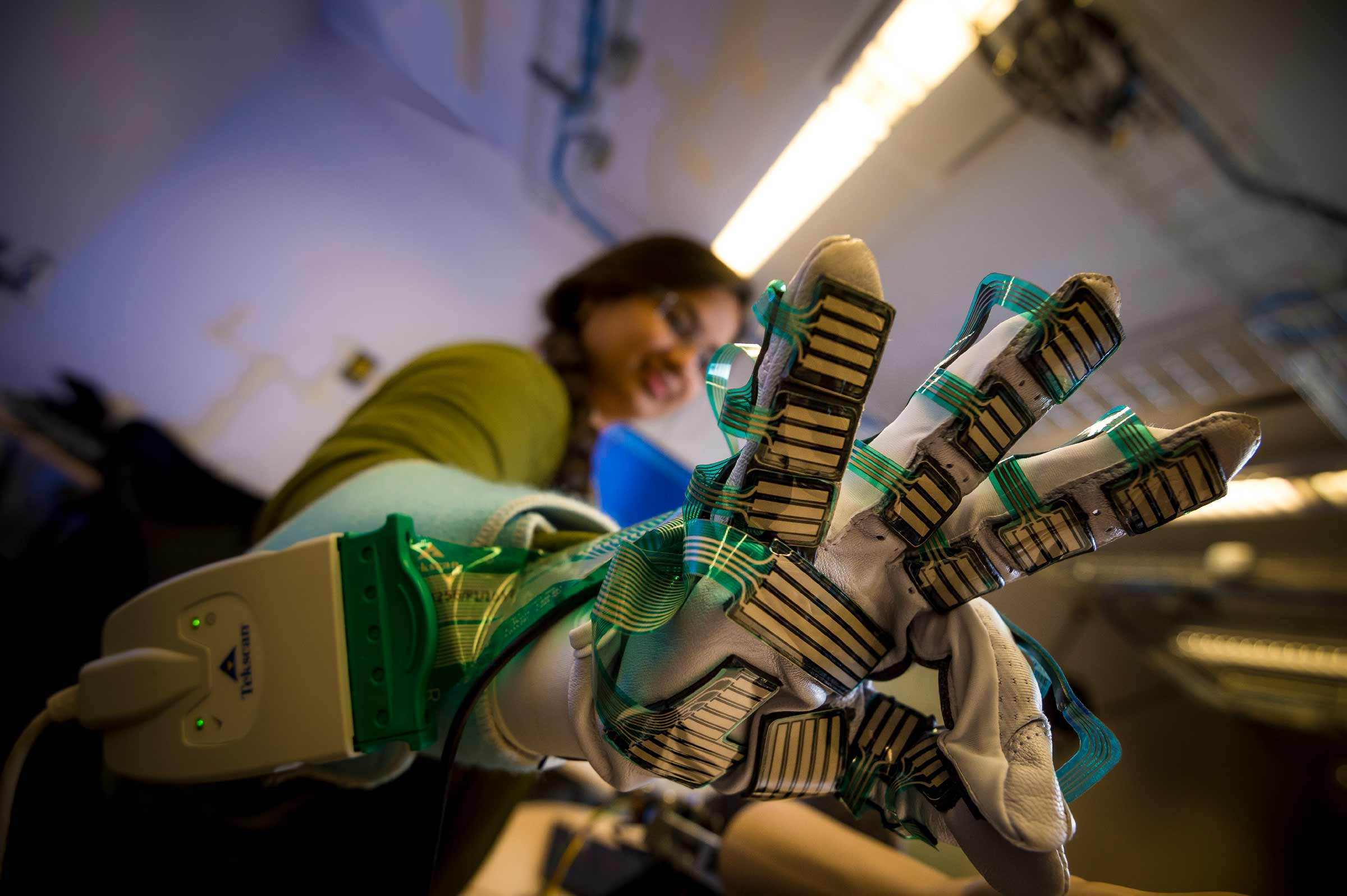 Sensor-Equipped glove UC San Diego