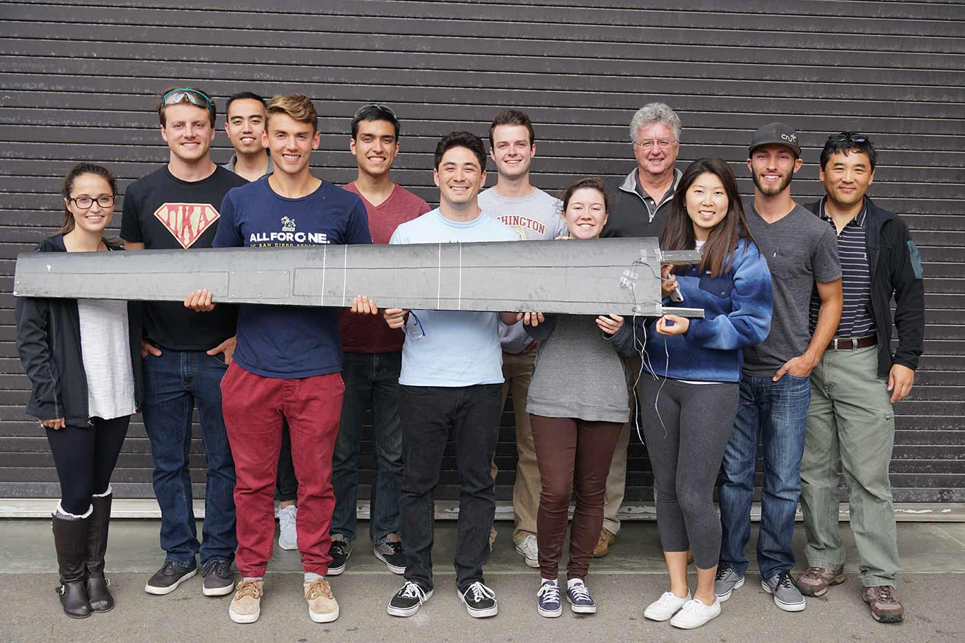 UC San Diego Structural Engineering senior students