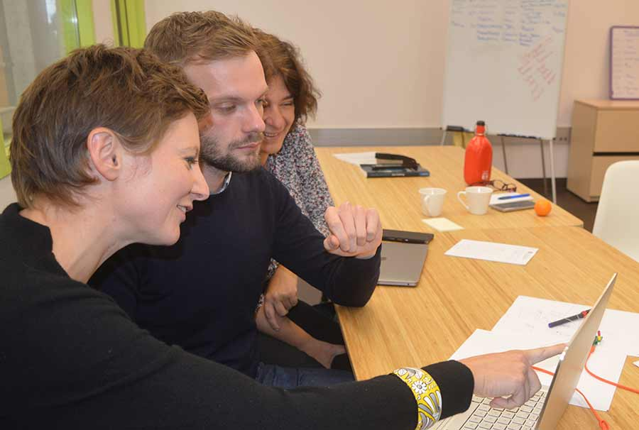 Eva Wittenberg of Linguistics collaborating with visiting researchers from France.