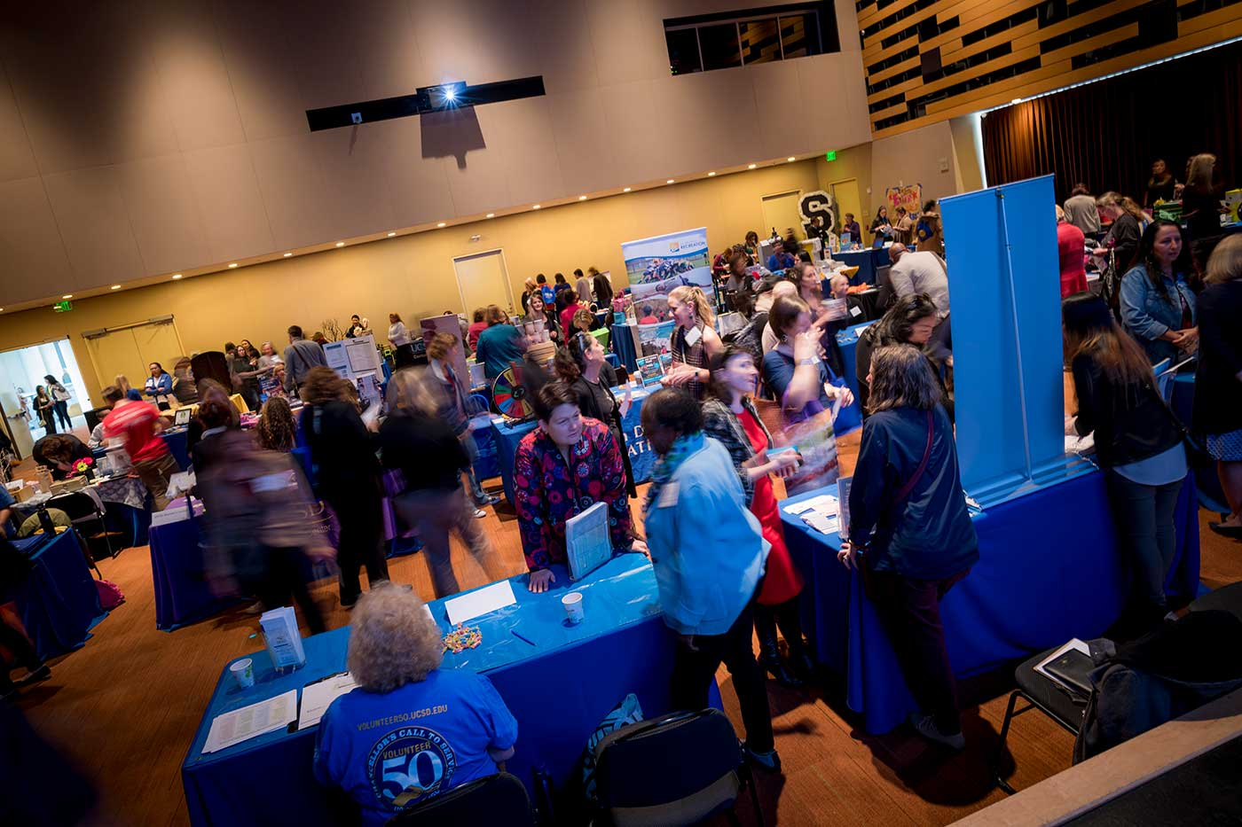 People attending 9th annual UC San Diego Women's Conference