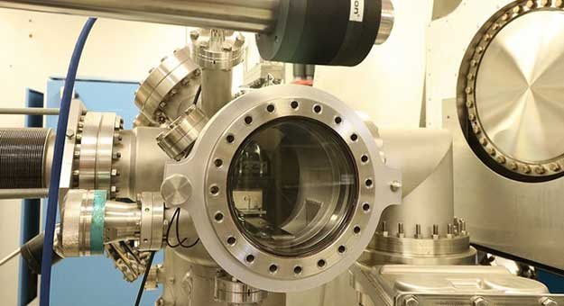 thin film deposition chamber used by physicists in the Schuller Nanoscience Group