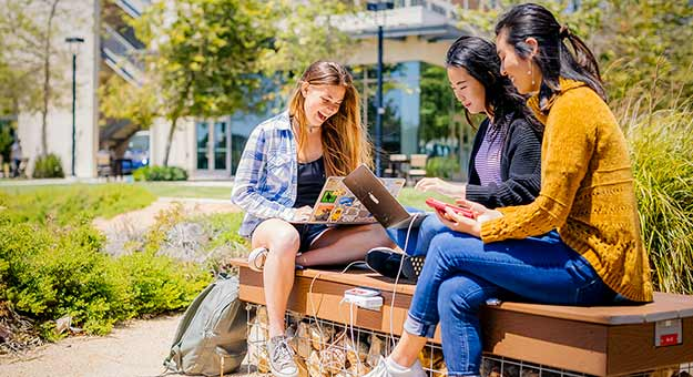 students on UC San Diego campus