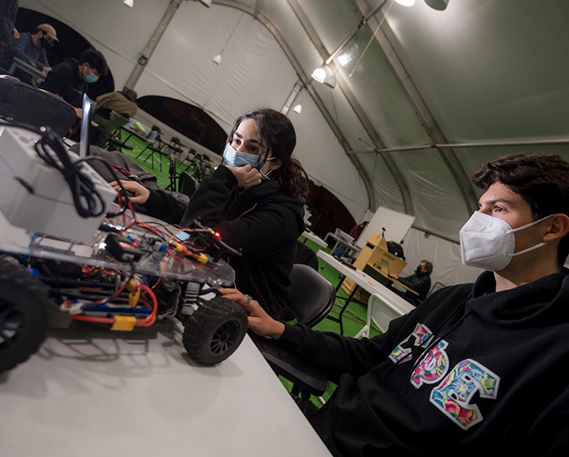 Students in the Jacobs School of Engineering's Introduction to Autonomous Vehicles course.