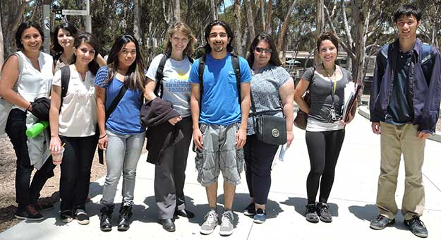 Transfer students from 2015 Summer Transfer Ahead Research Training program.